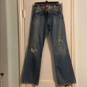 Lucky brand jeans light wash/distressed Size 27
